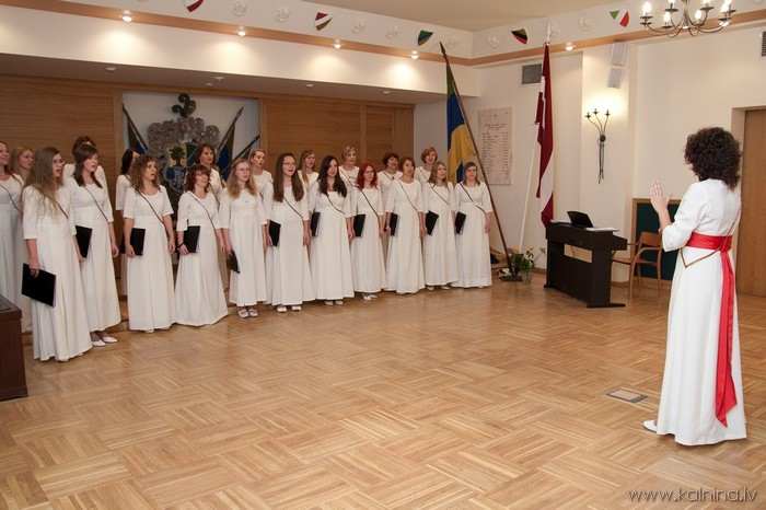 www.kalnina.lv